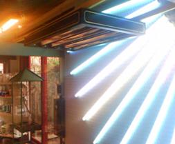 1972 - Bruiningstoestel met 4 UV TL-lampen en 2 IRK-stralers van 2000W